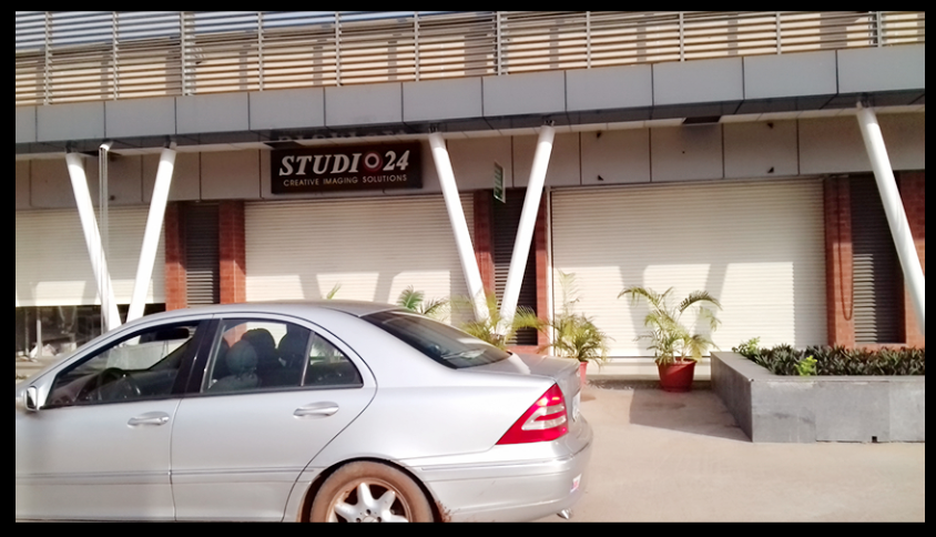 AFRICAN FASHION STYLE MAGAZINE - STUDIO 24 NIGERIA OUTLET - DN AFRICA