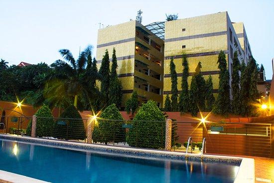 AFRICAN FASHION STYLE MAGAZINE - AFRIKFASHION SHOW Season 13 Organized by Isabelle ANOH - Location Residence-hotel-le-vaisseau _ Media Partner DN AFRICA-STUDIO 24 NIGERIA - STUDIO 24 INTERNATIONAL